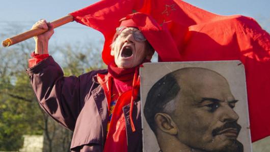 Когда севастопольским коммунистам поговорить не о чём, тогда на помощь приходит реклама