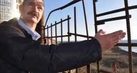 Севастопольский депутат и арматура