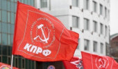 Жизнь севастопольских коммунистов: кто-то теряет, а кто-то находит