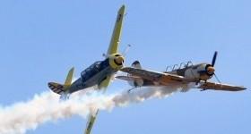 Два самолета столкнулись в воздухе
