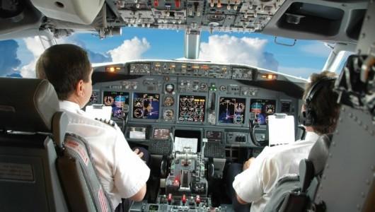 То, что видит пилот и, к счастью, не видит пассажир