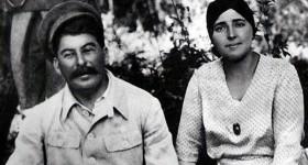 Как Сталин держал свою жену в ежовых рукавицах (редкие фото)