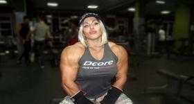 Самая сильная женщина России показала, что такое сексуальность (фото, видео)