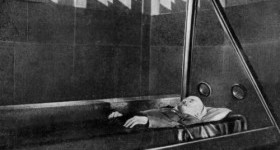Ленин мёртв, а дело его живёт: 5 диких покушений на тело революционера