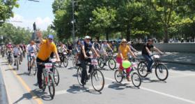 Тысячная велоколонна прокатилась по центру Севастополя